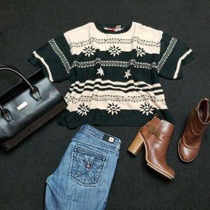 Cozy Southwestern sweater black & off-white/cream